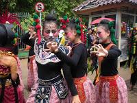 Helaran Kemilau Nusantara 2011 Di Kawasan Tegar Beriman Berlangsung Meriah 237