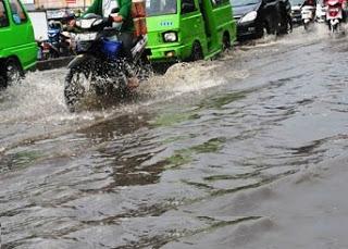 Hujan Deras Genangi Kota Bogor 233