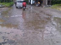 Jalan Ciseeng Rusak 234