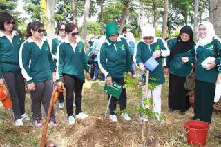 Hutan Kota Bogor Ditanami Ribuan Pohon 235