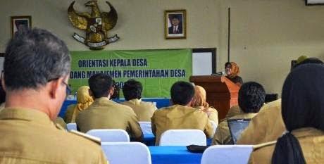 Kades Dilatih Manajemen Pemerintahan Desa 229
