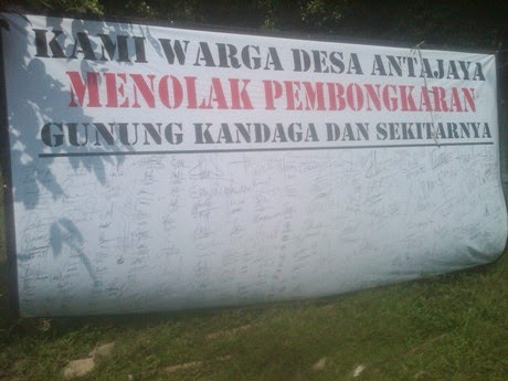 Walhi Desak Tutup Ratusan Tambang Bogor 236