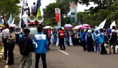 Demo Buruh: BPJS Itu Bikin Peserta Jadi Stres 237