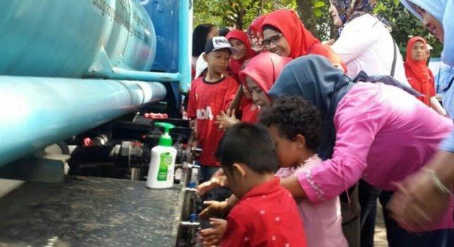 Cuci Tangan Pakai Sabun Perilaku Hidup Bersih Sehat 237
