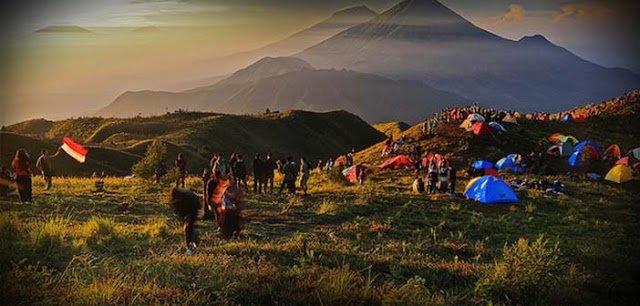 Gunung Gede Tercemar Sampah Para Pendaki 237