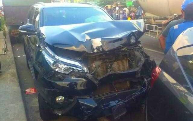 Rem Blong, Truk Tabrak Belasan Kendaraan 197