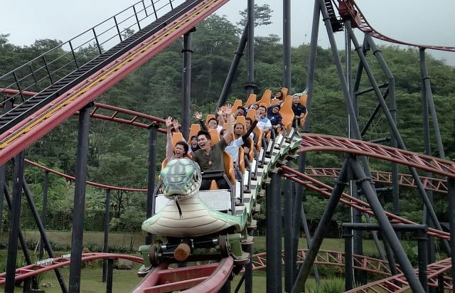 Snake Coaster Jungleland Sentul