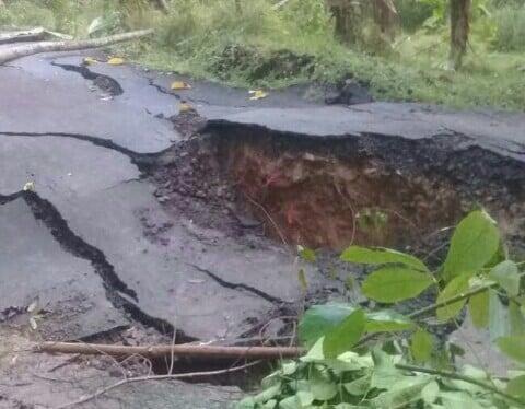 Relawan PMI Evakuasi Korban Bencana Alam Jasinga 237
