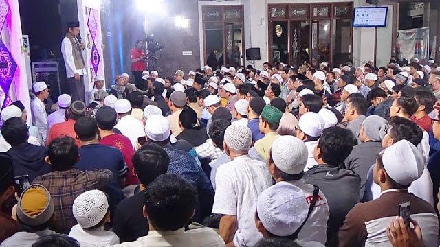 Ustadz Abdul Somad Ceramah Di Masjid Alumni IPB 229