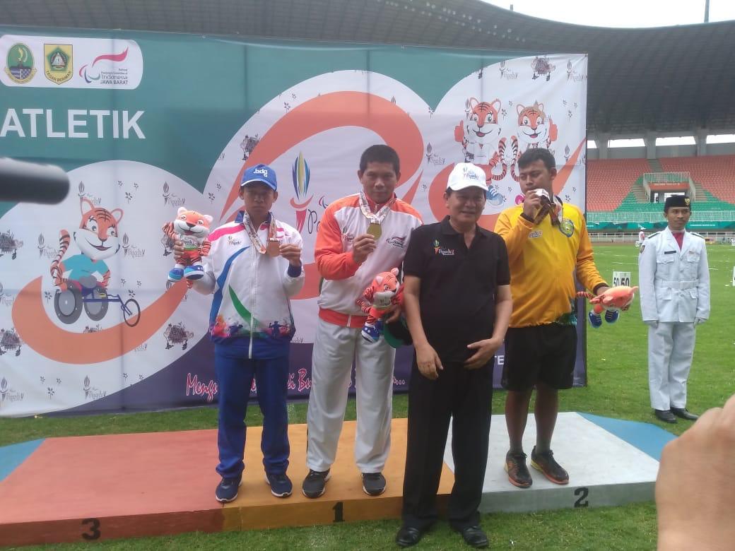 Bupati Bogor Sematkan Medali Para Atlet Atletik Peparda V Jabar 2018 236