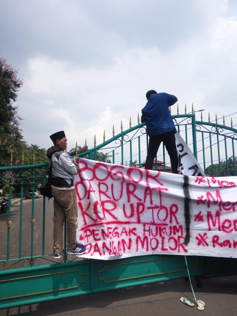 Mahasiswa Bogor Desak Kejari Usut Tuntas Dugaan Korupsi Pemerintah Kabupaten Bogor 190