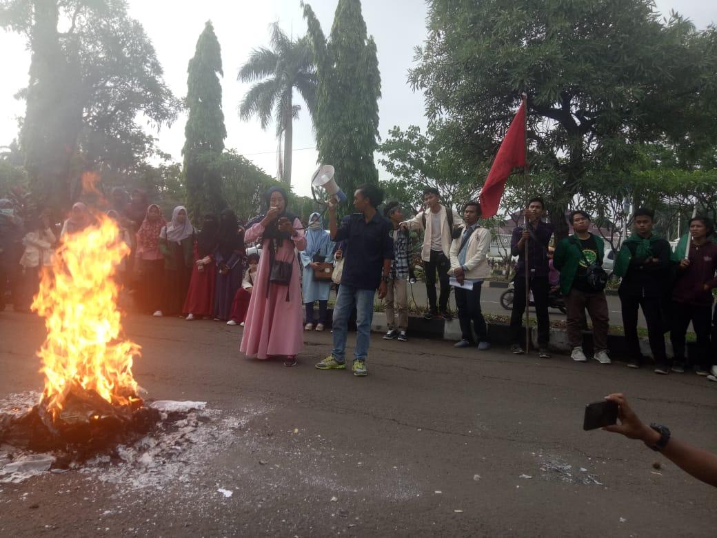 Mahasiswa Bogor Desak Kejari Usut Tuntas Dugaan Korupsi Pemerintah Kabupaten Bogor 229