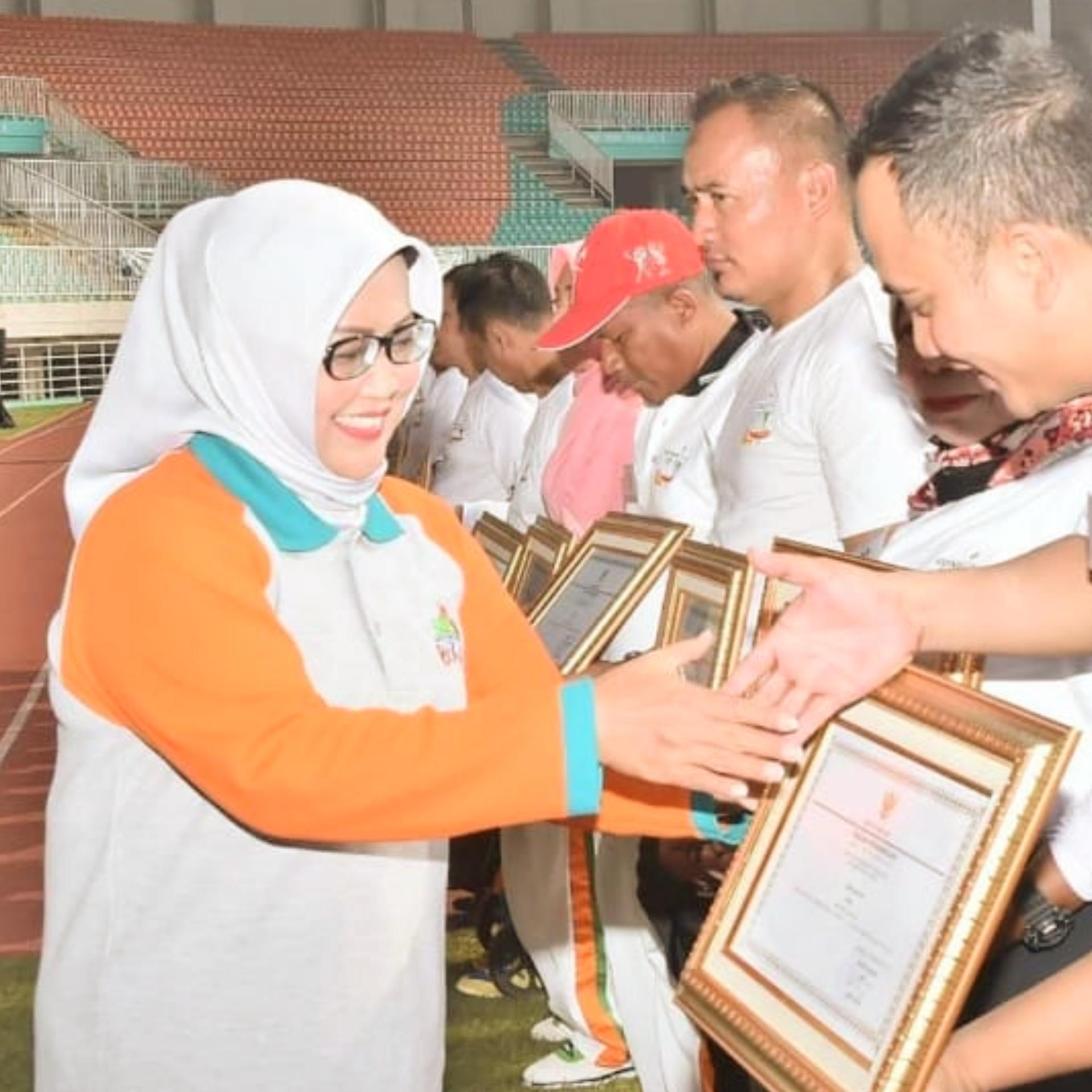 Bupati Berikan Penghargaan Pada HAORNAS Ke 36 Kabupaten Bogor 2019 201