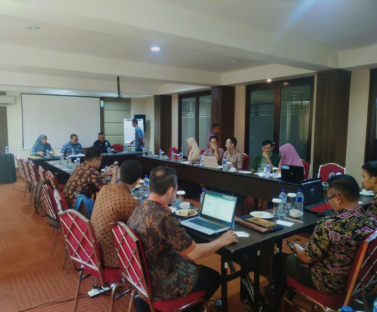 Rapat Finalisasi Pengisian Kertas Kerja atau Lembar Kerja Evaluasi PMPRB 238