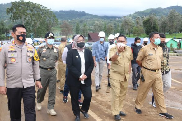 Bupati Bogor Tinjau Pembangunan Rest Area Gunung Mas 250